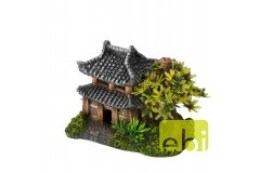 Asian house with plants 14x9x10cm